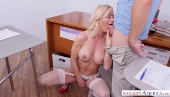 Amateur Blonde Fucked Hardcore In The...