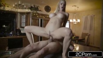 Stripper is making the lascivious hotties wild